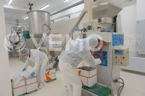 Enzyme manufacturer, Extract manufacturer, Feed enzymes ,Feed additives, Feed premixes, Poultry enzymes, Pig enzymes, Bee supplement, Bee stimulant, Animal growth promoter